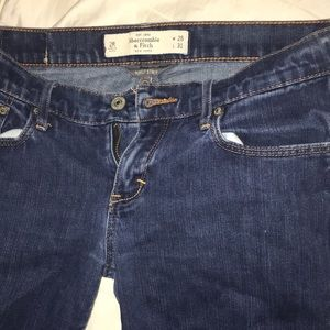 A&f Brett skinny jeans size 2 stretch